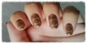 nie-cy brownstone nail art